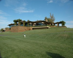 Serrano Country Club