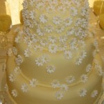 Yellow-Daisy_Wedding_Cake